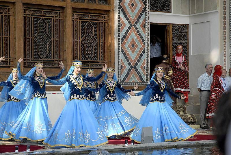 Azerbaijani National Dances (6)