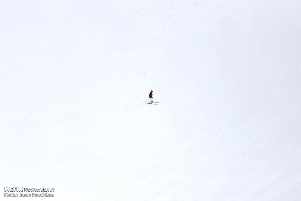 پیست اسکی تاریک دره همدان